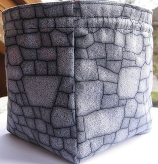 Marsbarn Designs...: FAQ about Dice Bags